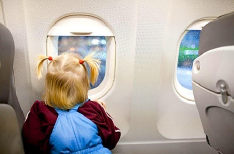 Votre enfant peut voyager seul en avion, Algofly vous guide !