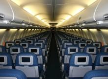 Vue sur les places d'un avion, représentant la segmentation des places et le fait qu'acheter deux billets coûtent proportionnellement plus cher qu'un seul